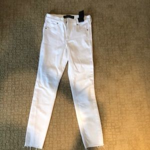 NWT express white Jeans